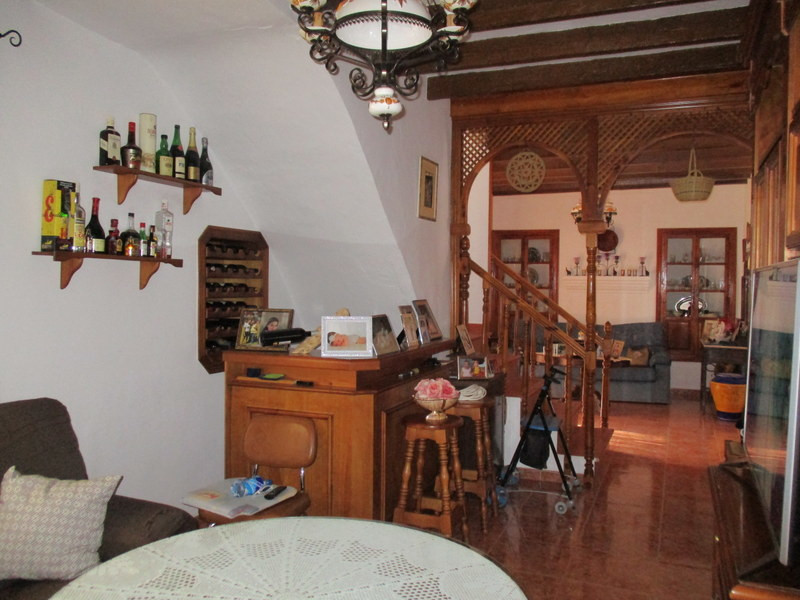 House in Alora R3291688 4