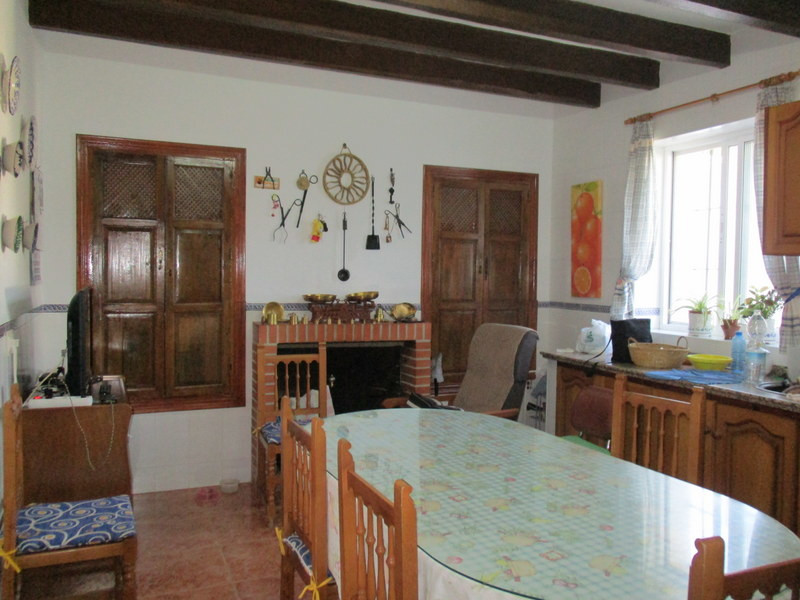 House in Alora R3291688 5