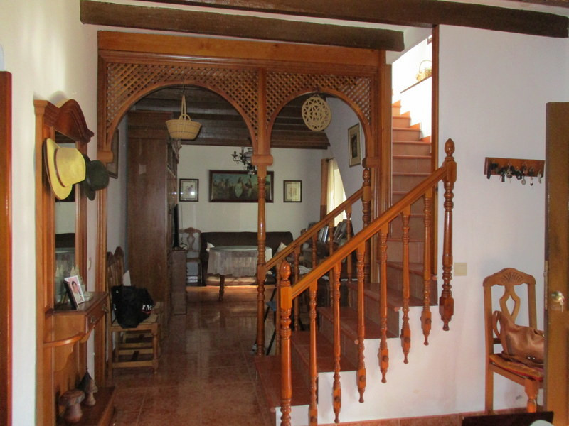 House in Alora R3291688 6