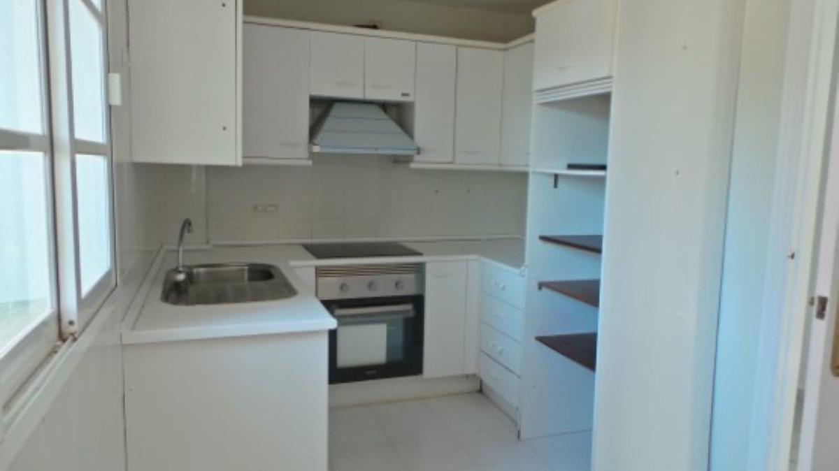 Apartamento en Venta en Atalaya – R3649931