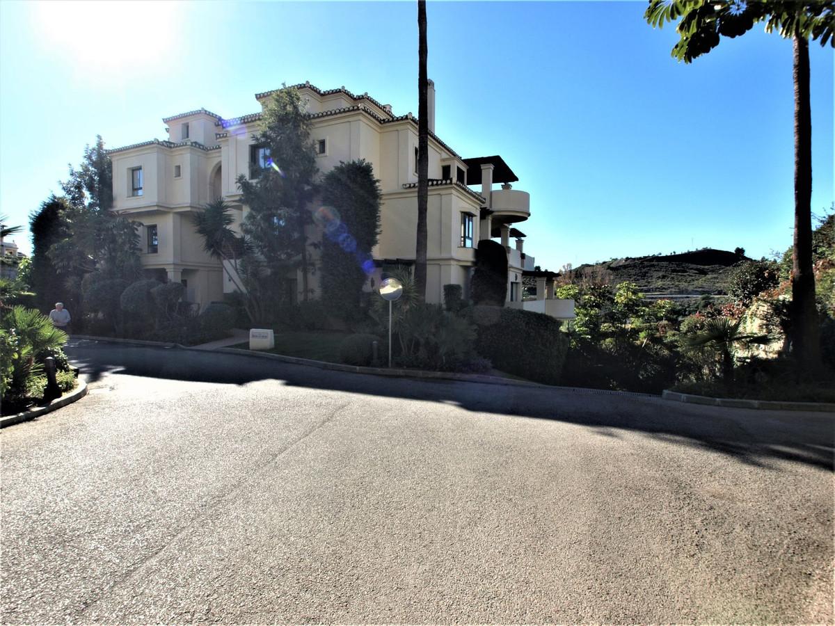 Apartamento en Venta en Benahavís – R3689732