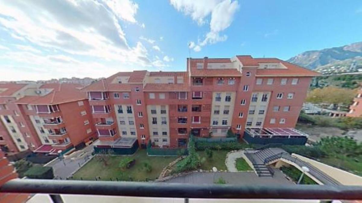Marbella Banus Apartamento en Venta en Marbella – R3648017