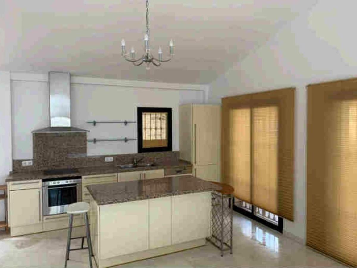 Villa en Venta en La Mairena – R3641414