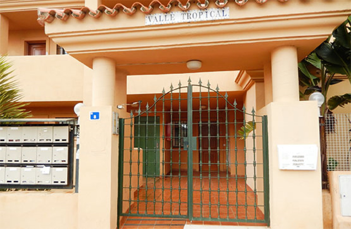 Property located in Riviera del Sol, Mijas Costa, Malaga, Costa del Sol. Bank repossession apartment,Spain