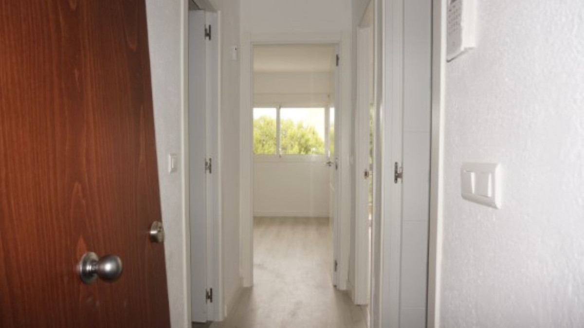 1 Bedroom Apartment For Sale, Marbella