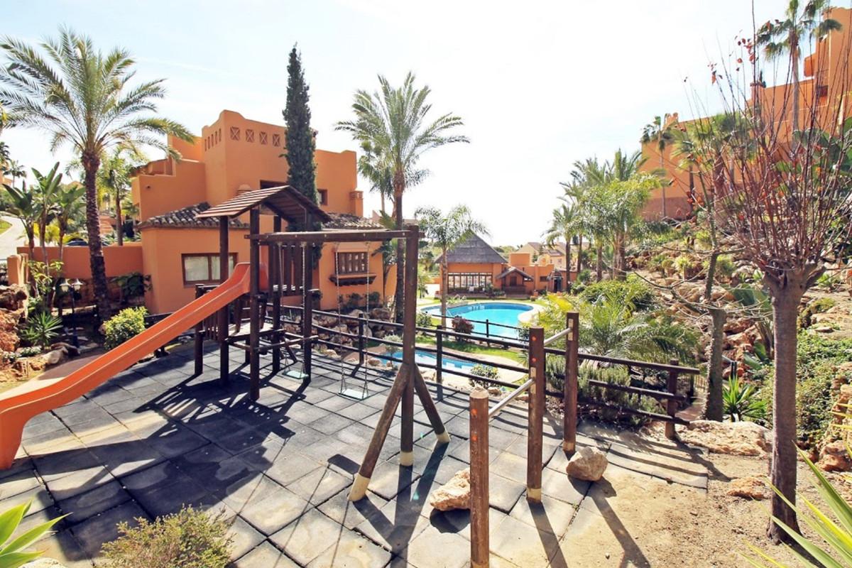 Unifamiliar con 4 Dormitorios en Venta Riviera del Sol