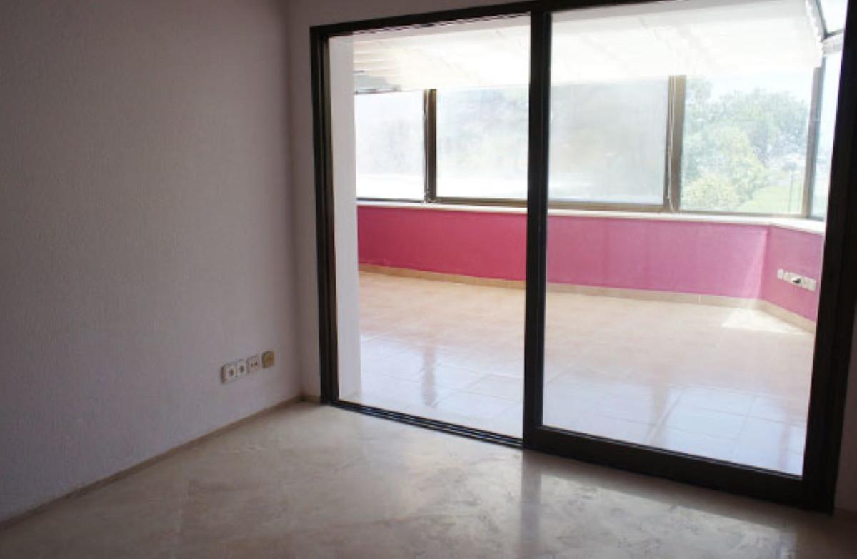 Apartamento en Venta en Atalaya – R3649760