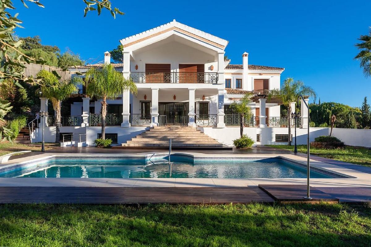 Marbella Banus Villa – Chalet en Venta en El Madroñal – R3682472
