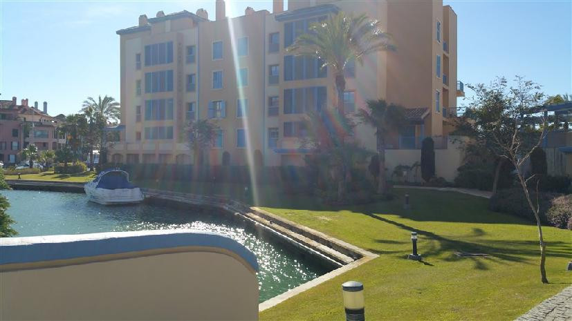2 bed Apartment for sale in Sotogrande Marina