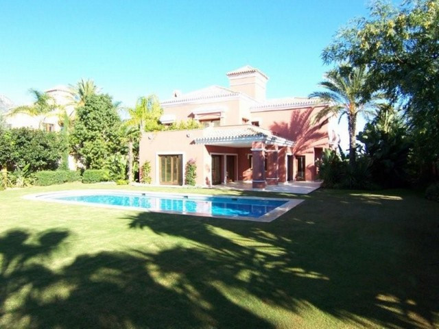 Villa, The Golden Mile, 2.950.000