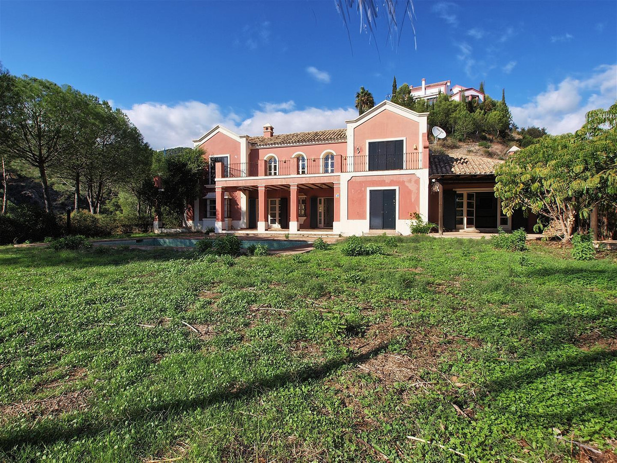 Villa for sale in El Madroñal