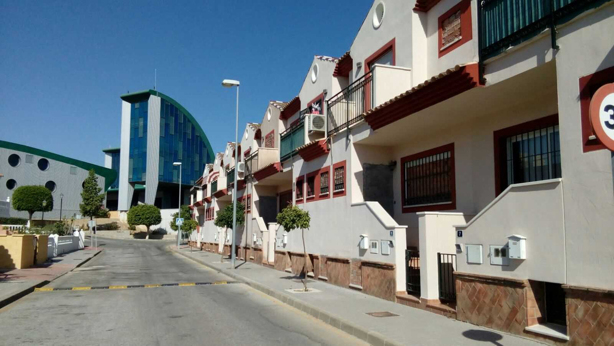 Townhouse for sale in Alhaurin de la Torre details