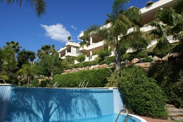 Marbella Banus Ático en Venta en The Golden Mile – R2072630
