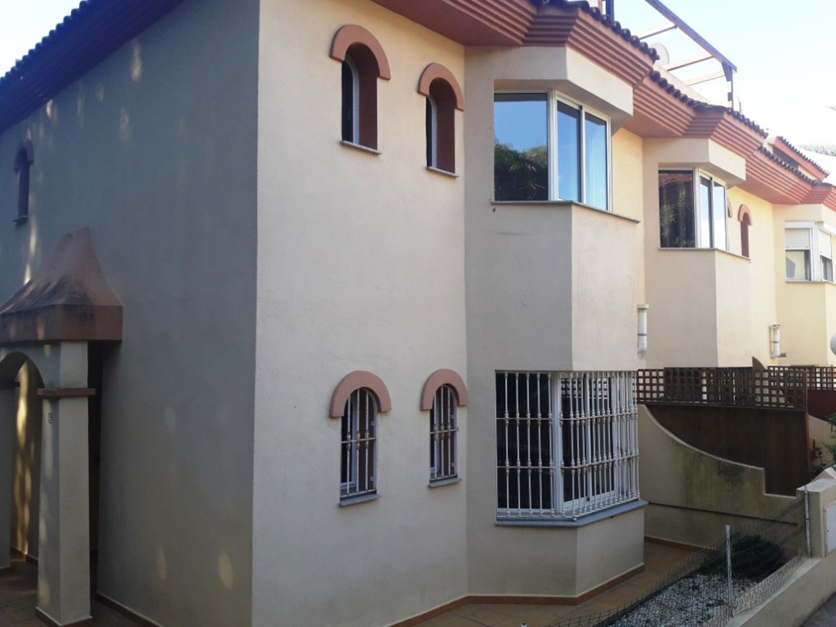 Townhouse located in Mijas, Malaga, Costa del Sol. Bank repossession with a total size of ??141 m² f,Spain