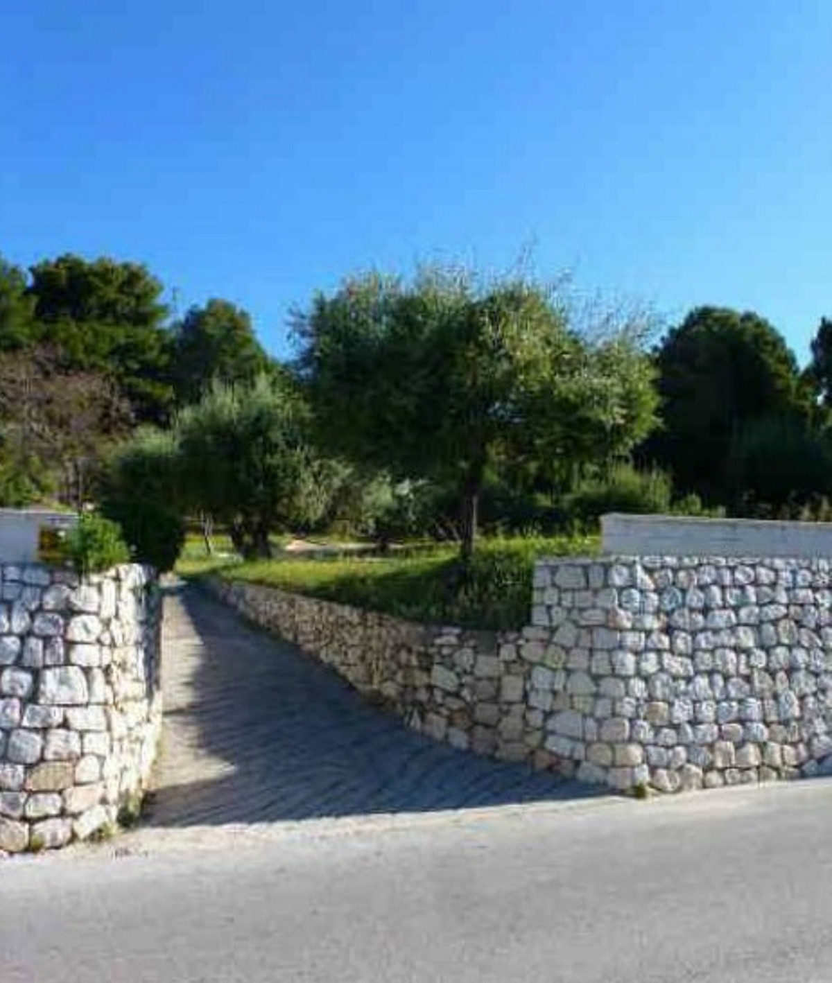 Residential plot located in Mijas. It has an area of ??2746 m² and has a maximum allowable built siz,Spain