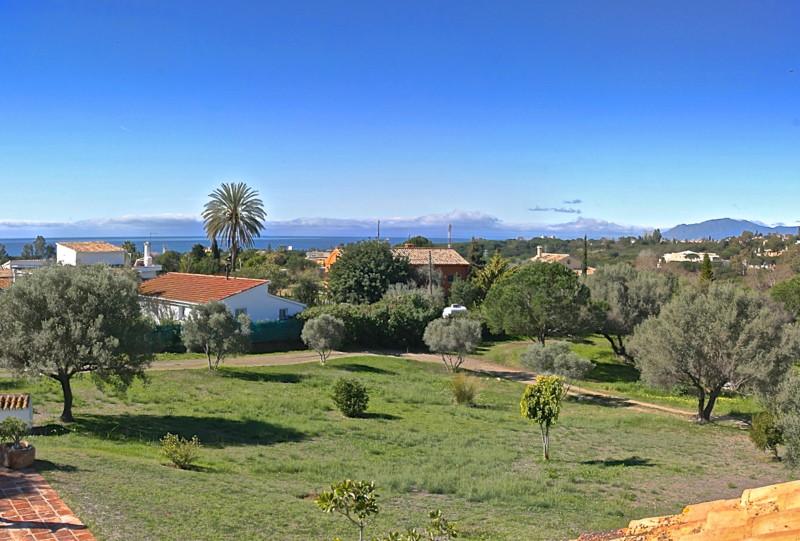 Marbella Banus Villa – Chalet en Venta en Elviria – R2171156