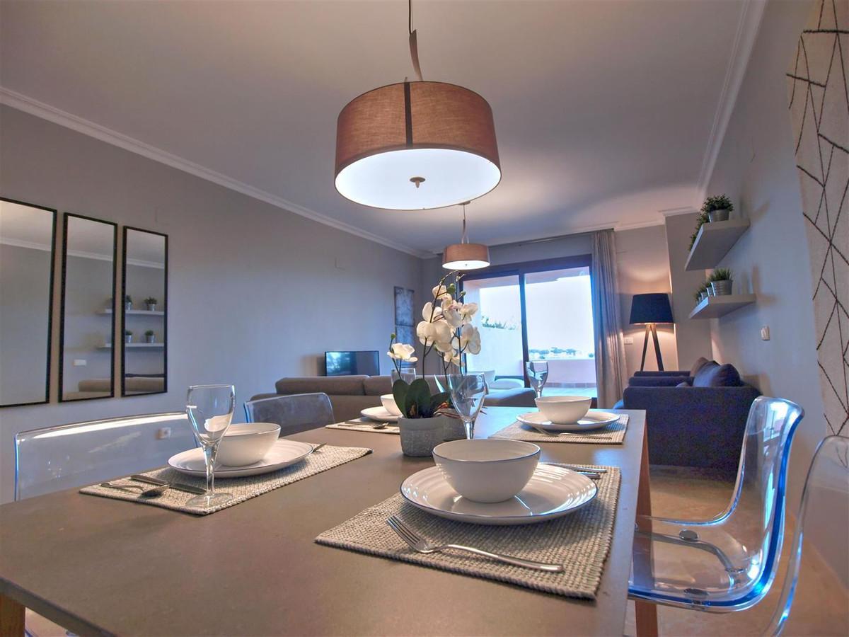 Marbella Banus Apartamento en Venta en La Mairena – R2810555