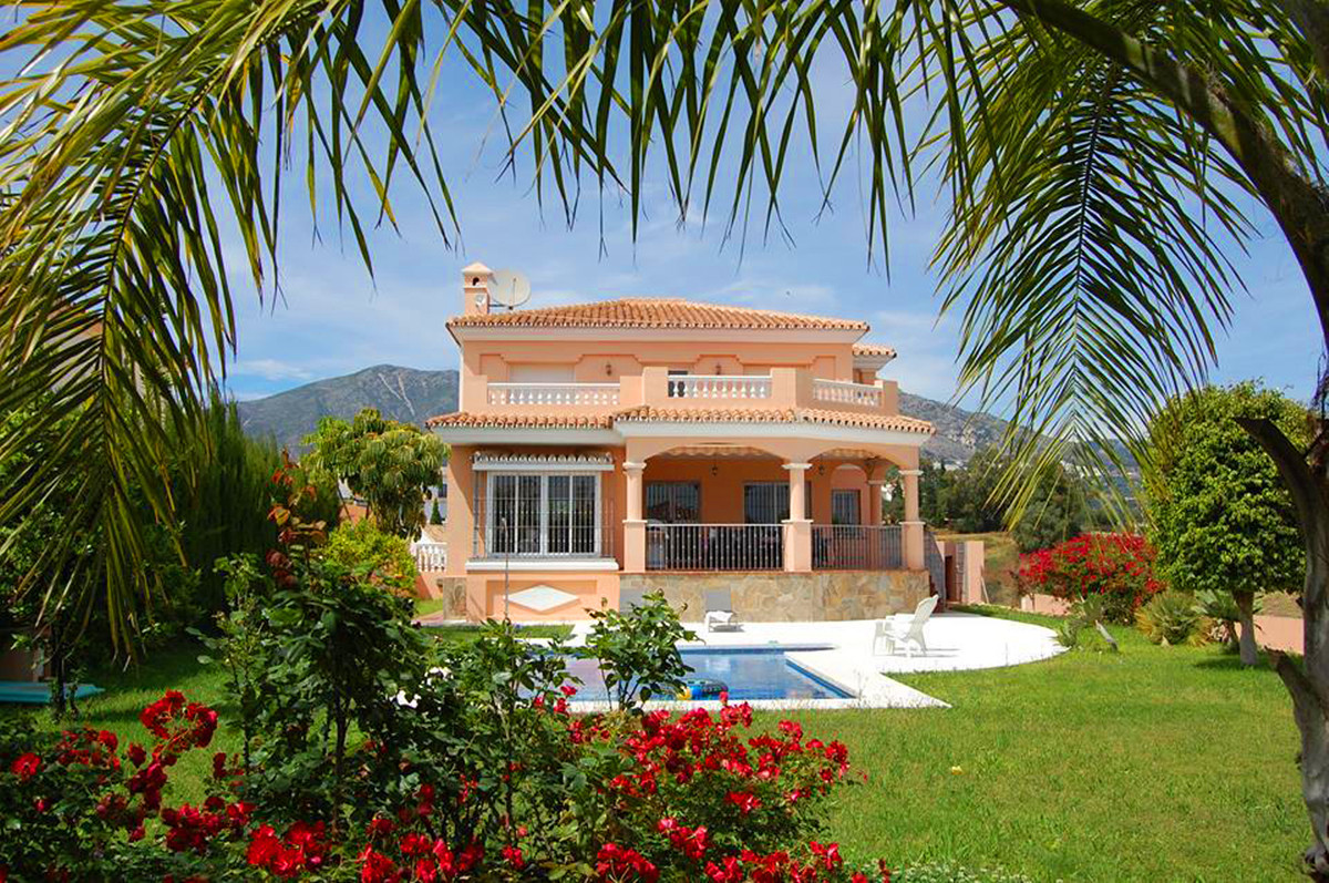 lovely 4 bed villa at Mijas Golf  important features  - are the Disabled access - staircase lift - S, Spain