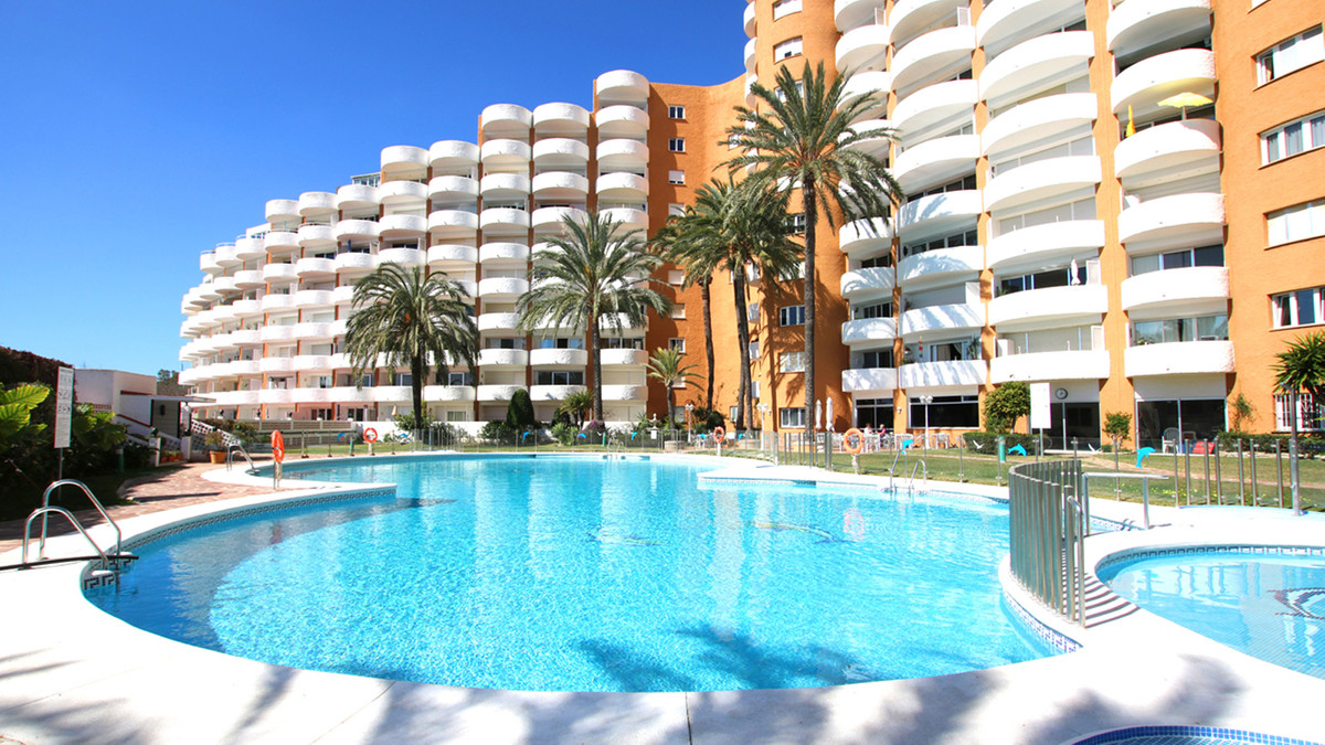 This lovely Studio Apartment is in Excellent condition.  Currently used as a rental property earning,Spain