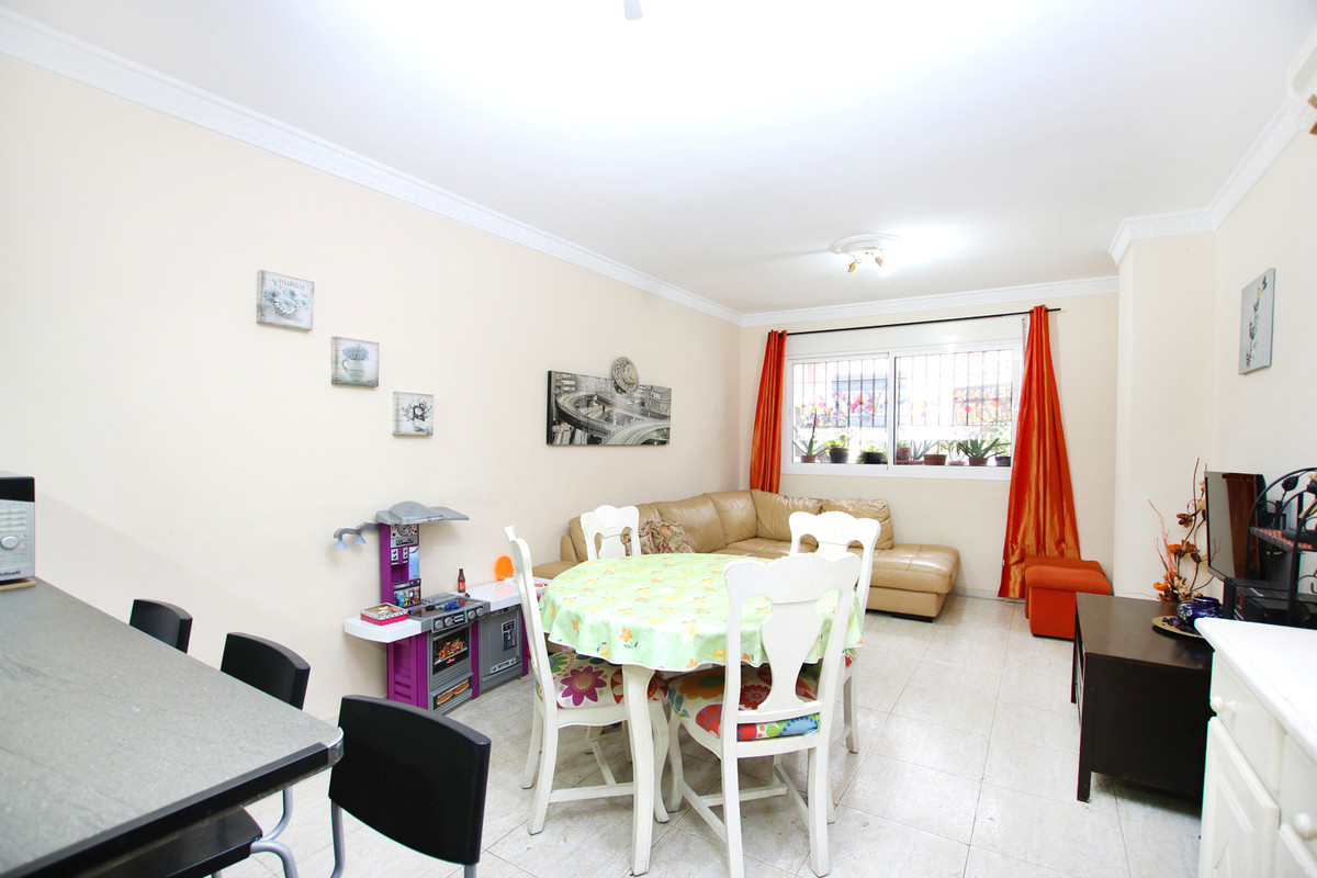 SECOND LINE BEACH APARTMENT IN LA CALA  3 BED + 2 BATH/GROUND FLOOR  Fairly good condition. Close to,Spain