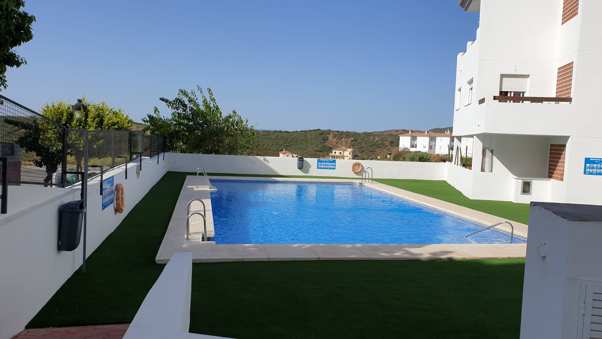 This is a great deal! Nice, spacious one bedroom apartment in the Manilva village, comes included wi, Spain
