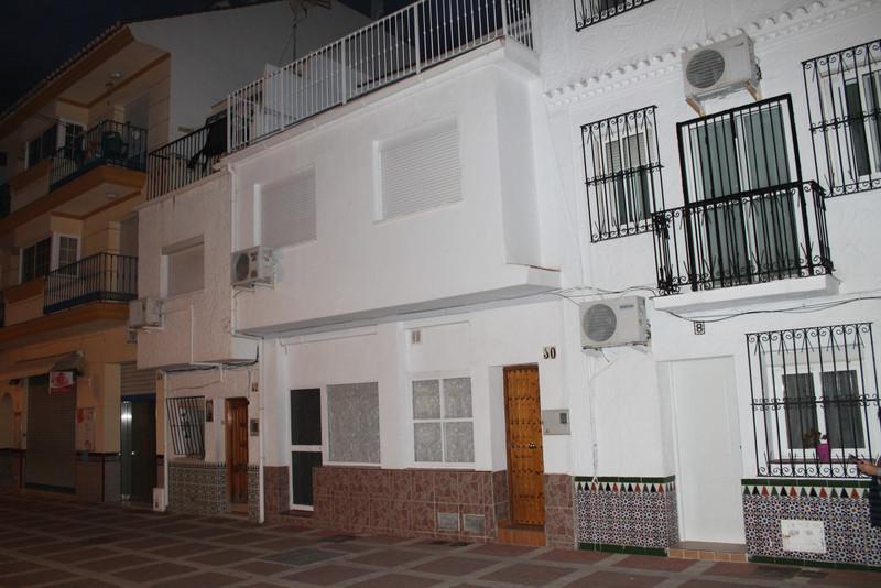 Adosada a la venta, La Carihuela – R3363025