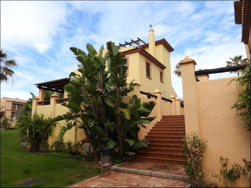 Pareada en venta en Casares Playa – R3406903