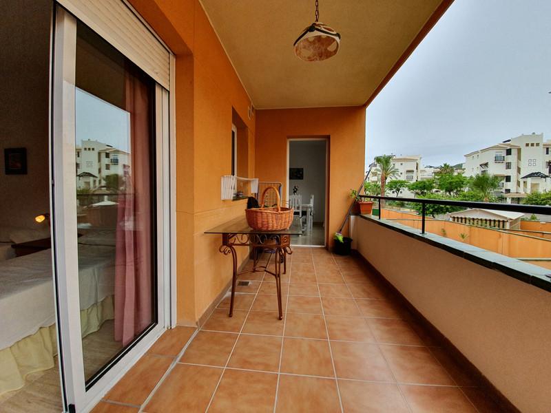 Marbella Banus Apartamento Planta Media en venta en San Luis de Sabinillas – R3061288