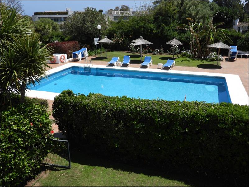 Marbella Banus Apartamento Planta Baja a la venta, San Roque - R3411211