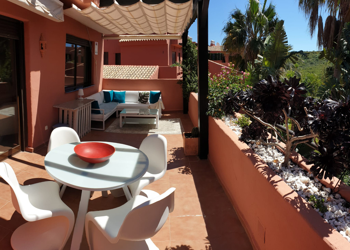 Middle Floor Apartment for sale in Casares