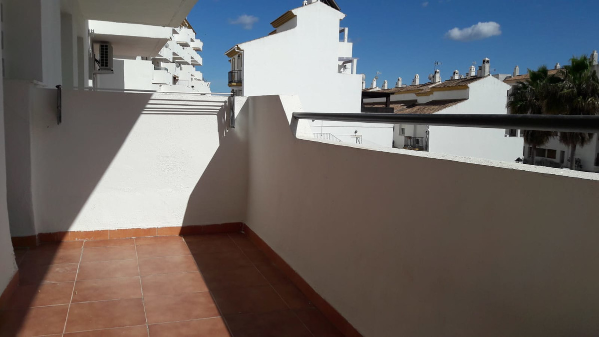 BEST DEAL!  2 bed property in a good state, needs some fixes, but can be lived in immediately. One e, Spain