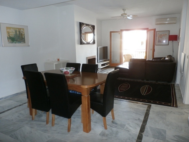 Large 2 bedroom, 2 bathroom ensuite apartment in the well sought after complex Monte Duquesa. Gated , Spain