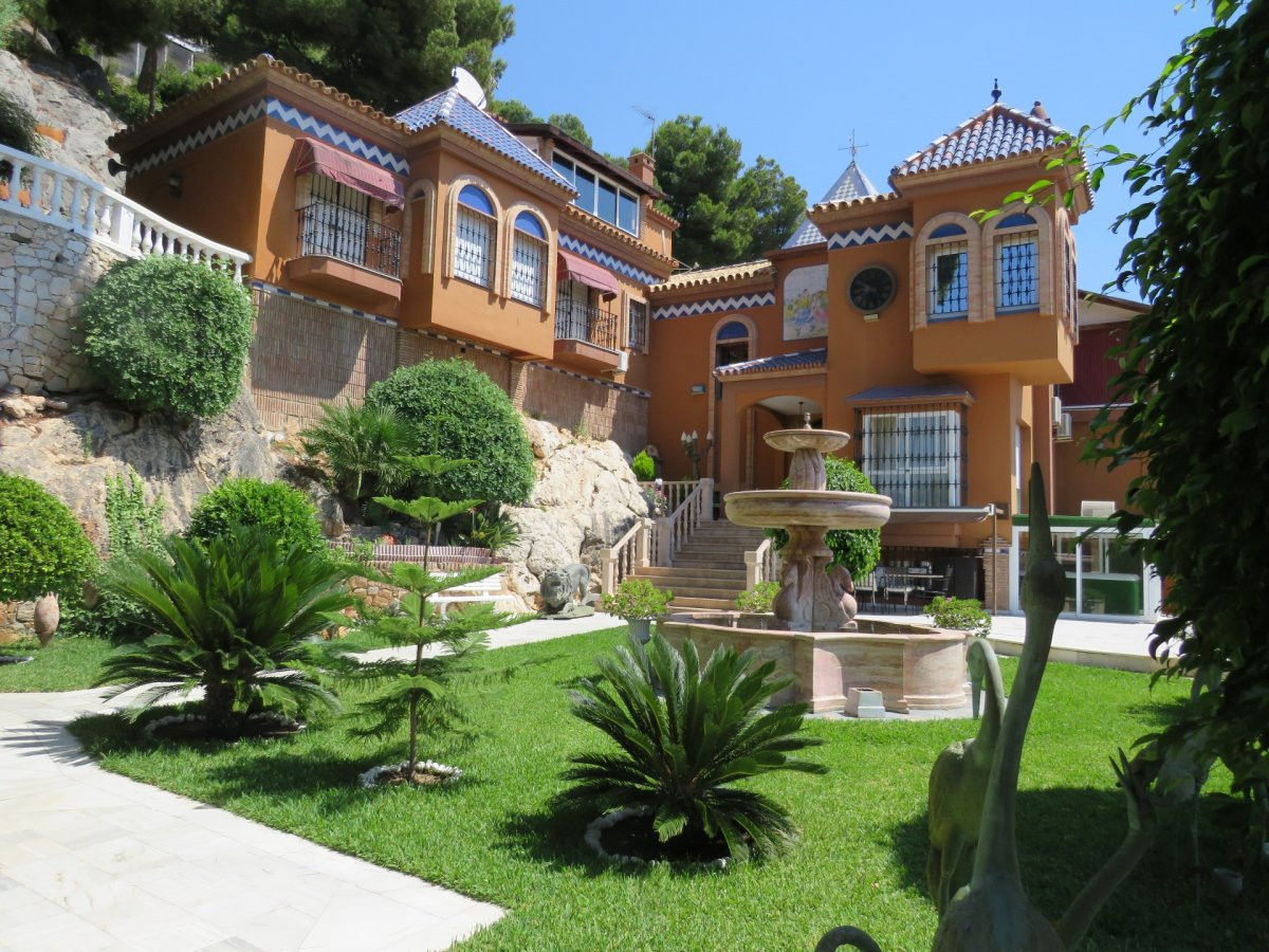 Exclusive villa in the elite urbanization of Malaga. Finnish sauna and Turkish sauna; Private pool w, Spain