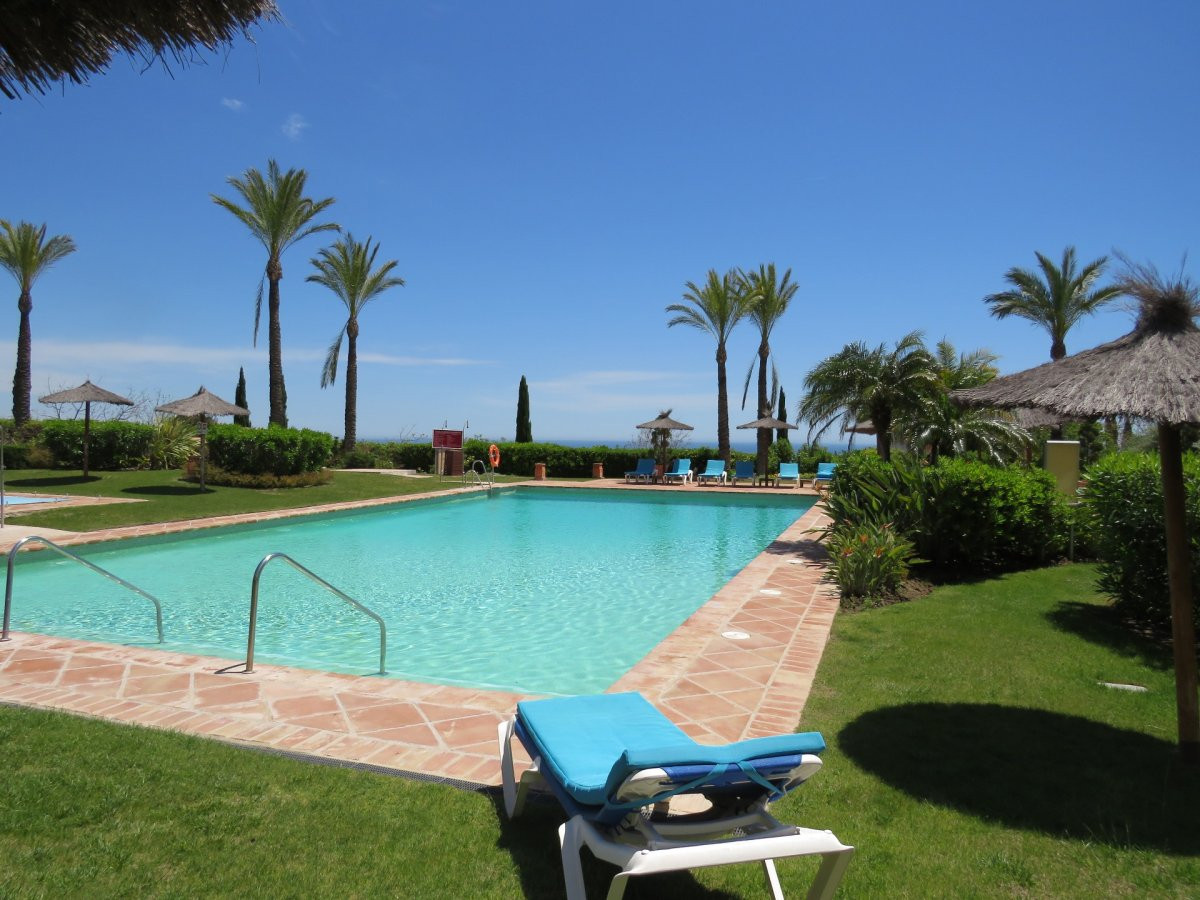 Ground floor apartment with garden in Los Flamingos, Four Seasons. Modern 2 bedroom apartment in the, Spain