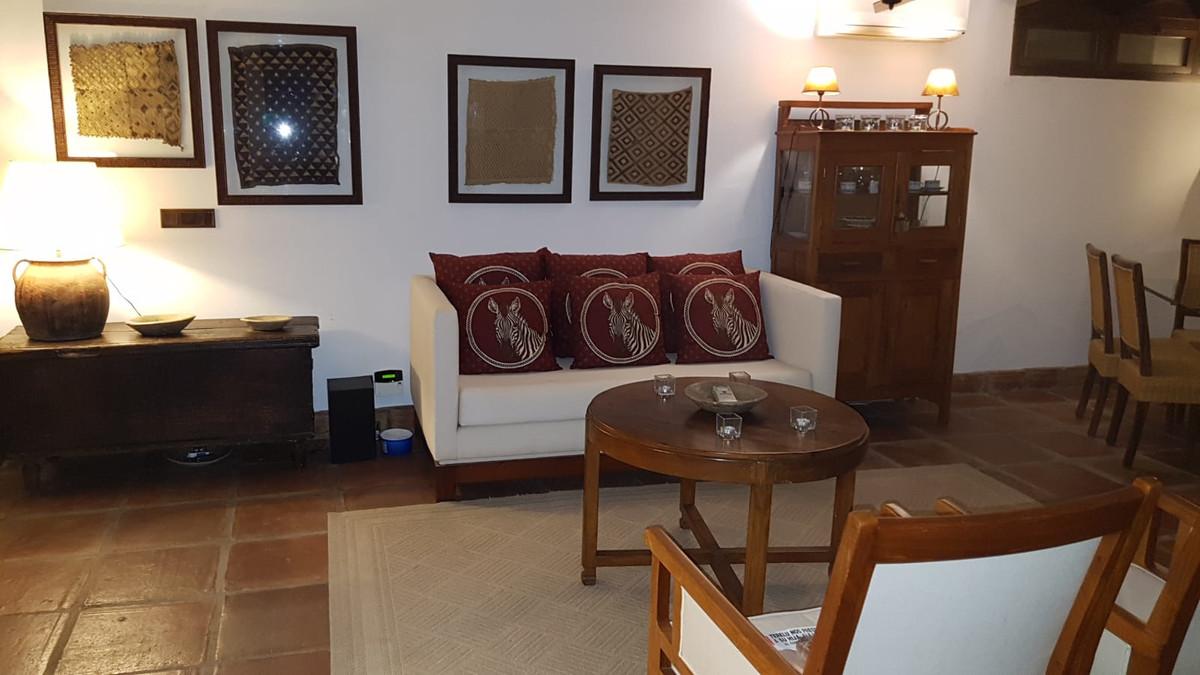 Marbella Banus Adosada en Venta en San Pedro de Alcántara – R3586654