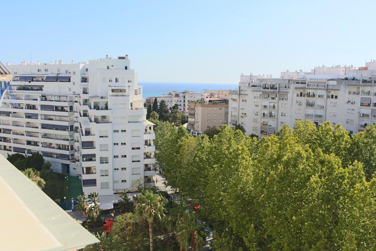Marbella Banus Apartamento en Venta en Marbella – R3231043