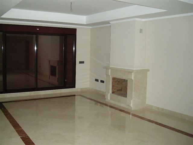 Apartamento Planta Media en venta en Ojén – R3184900