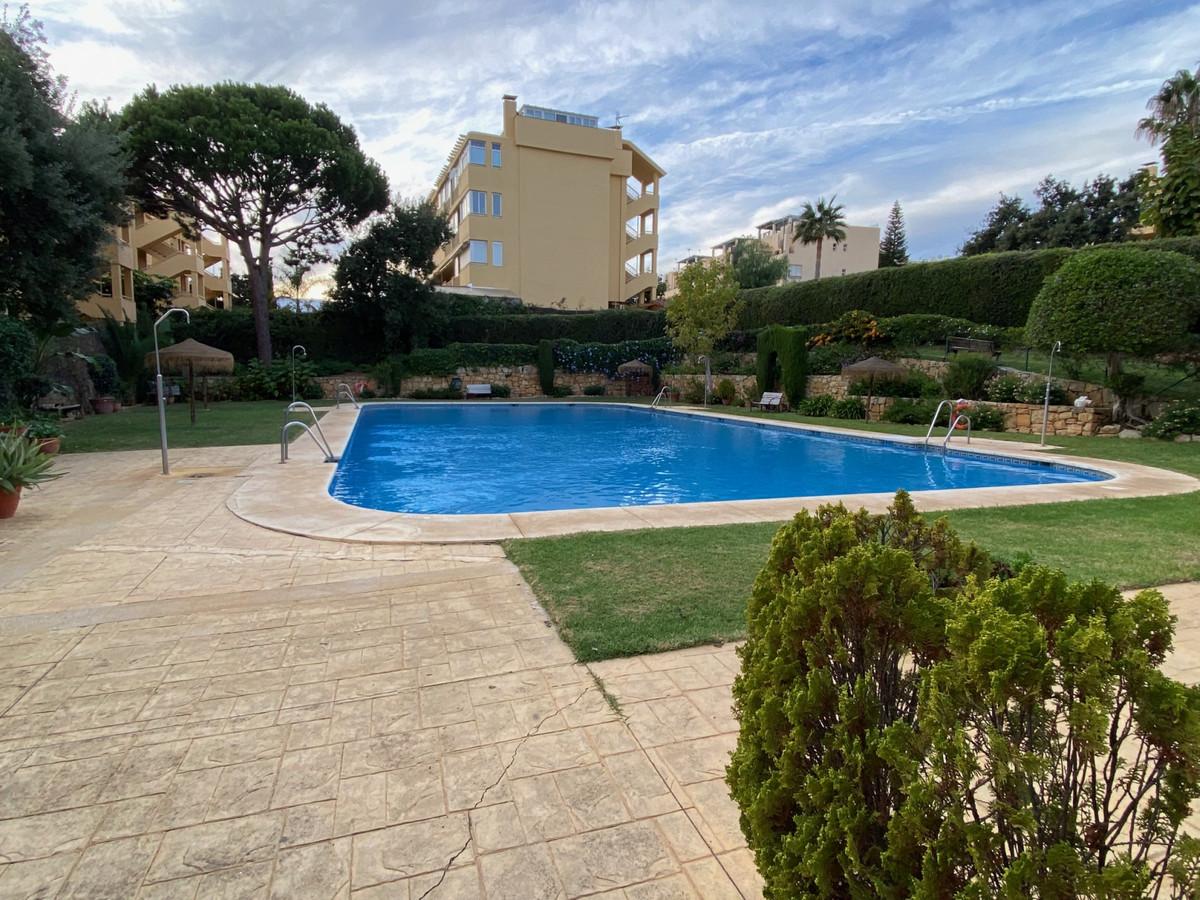 Marbella Banus Apartamento en Venta en Calahonda – R3949642