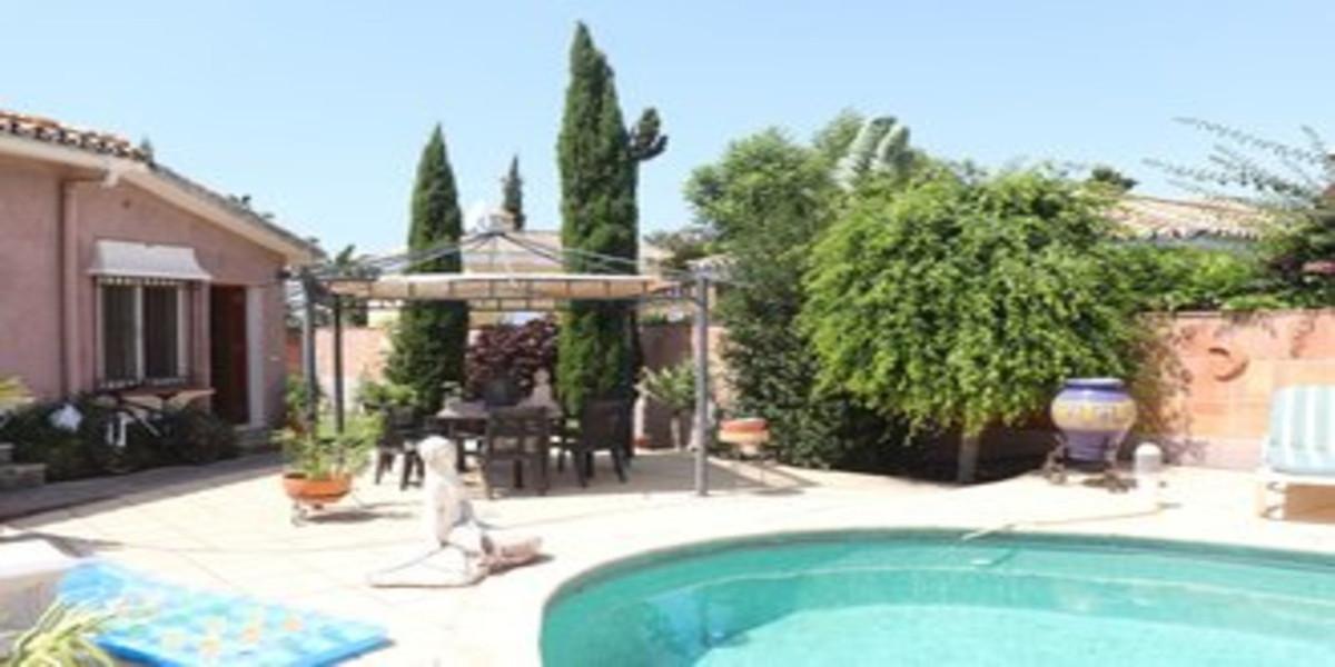 Detached Villa for sale in Guadalmina Alta R3685355