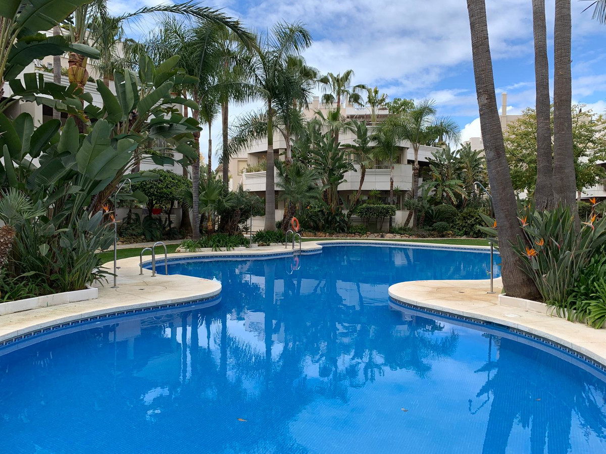 A unique opportunity that do not come very often.  These spacious 2 & 3 bedrooms properties are , Spain