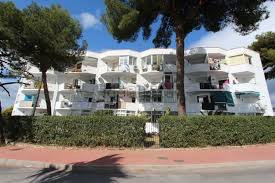 Bargain! Two bedroom apartment in Nueva Andalucia, Marbella. Easily accessible and within easy walki, Spain