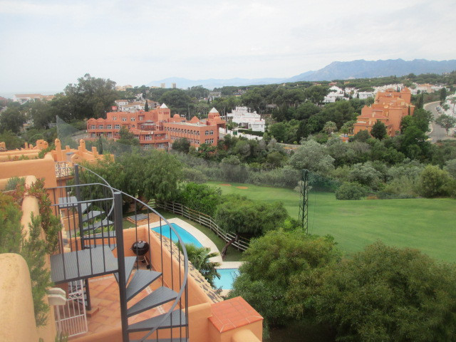 Spacious 2 bedroom townhouse located front line at Cabopino golf. Walking distance to the beach and ,Spain