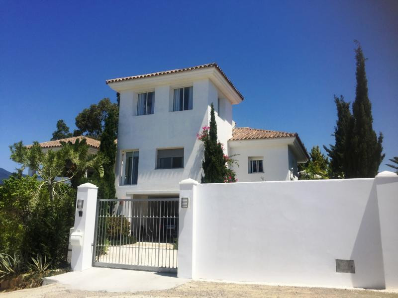Modern style villa with separate apartment on New golden Mile - Estepona east - with breathtaking se,Spain