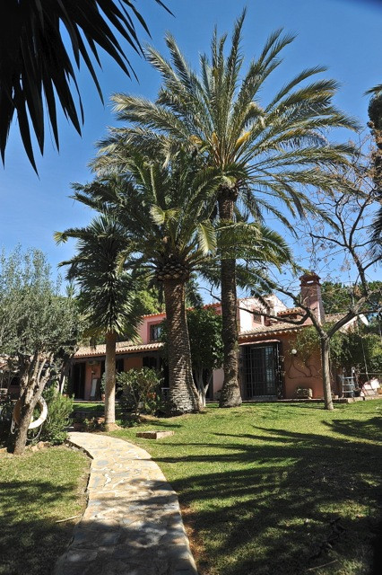 Villa – Chalet en venta en Marbella – R2600837