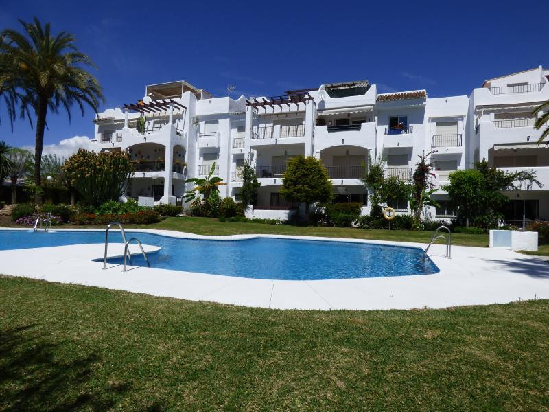 Ground Floor Apartment for sale in Costalita