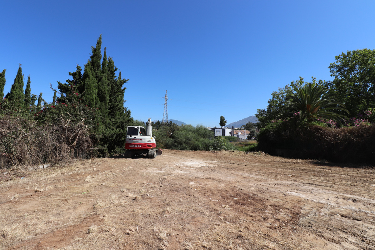 Plot  Residential 													for sale  																			 in Nueva Andalucía