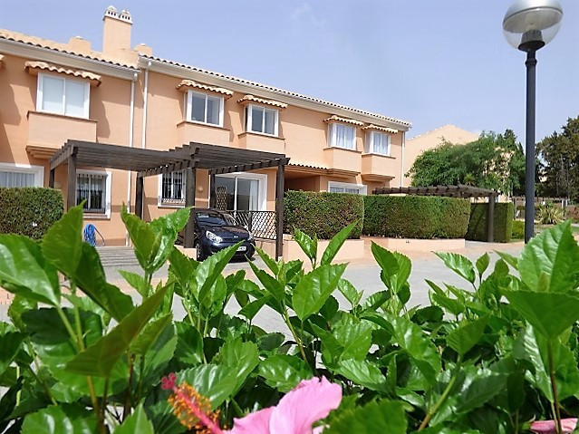 3 Bed Town House for sale Benahavis
