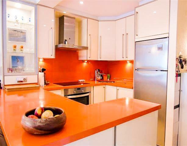 Apartamento Planta Baja  en venta en  Puerto Banús, Costa del Sol – R3237889