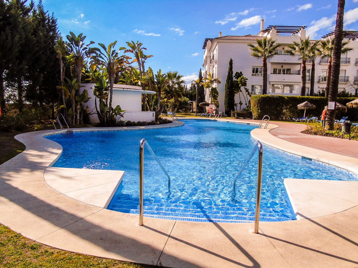 Middle Floor Apartment for sale in Nueva Andalucía