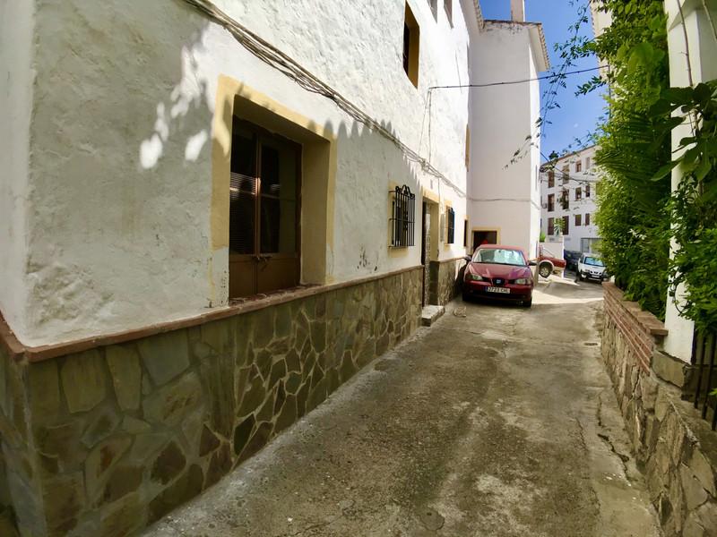 Townhouse in Casarabonela